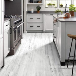 White cabinets for kitchen   Midway Carpet Distributors