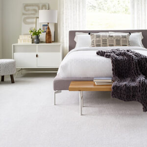 White carpet for bedroom | Midway Carpet Distributors