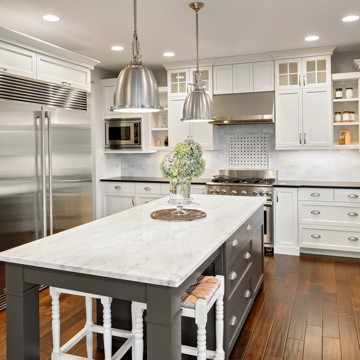 cabinets_white_wood | Midway Carpet Distributors