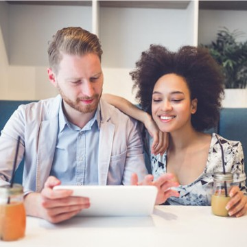 Couple financing online | Midway Carpet Distributors