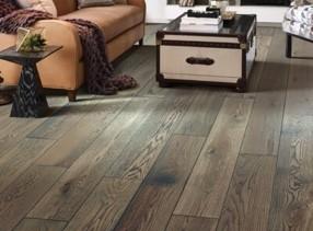Hardwood flooring for living room | Midway Carpet Distributors